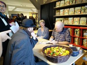 Don Rosa signerer